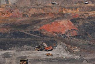 Photo of the Cerrejón mine courtesy of Tanenhaus