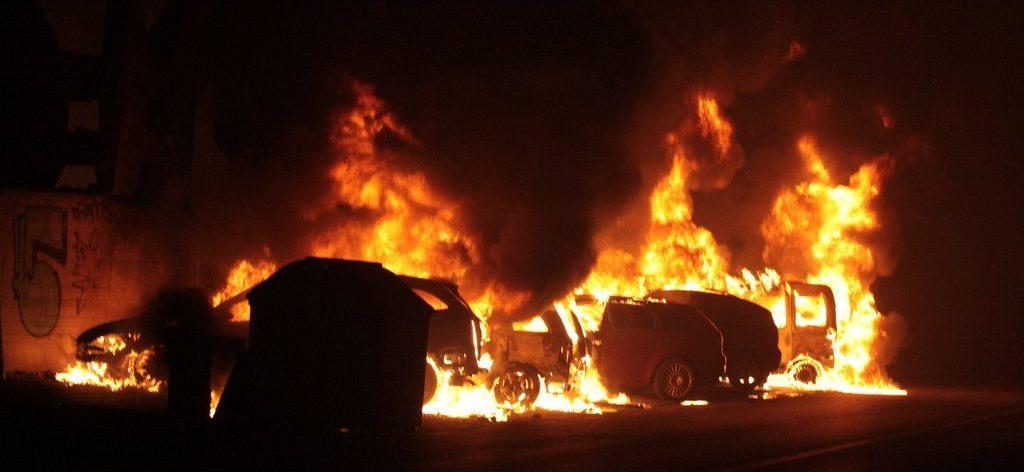 2009_viareggio_train_explosion_fire