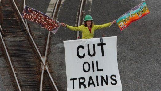 stop-oil-trains