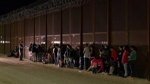 800px-2019_us_mexico_border_crossing_apprehension_48036606282